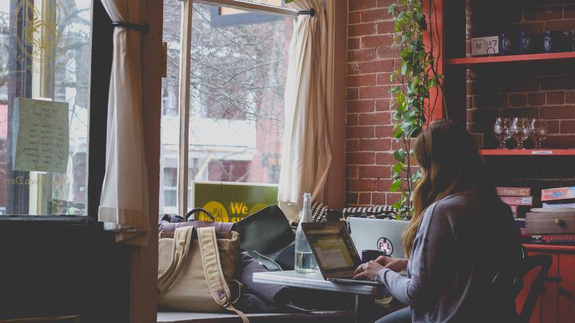 Studien zeigen, dass sich die meisten Menschen bei der Zeitplanung gravierend verschätzen.