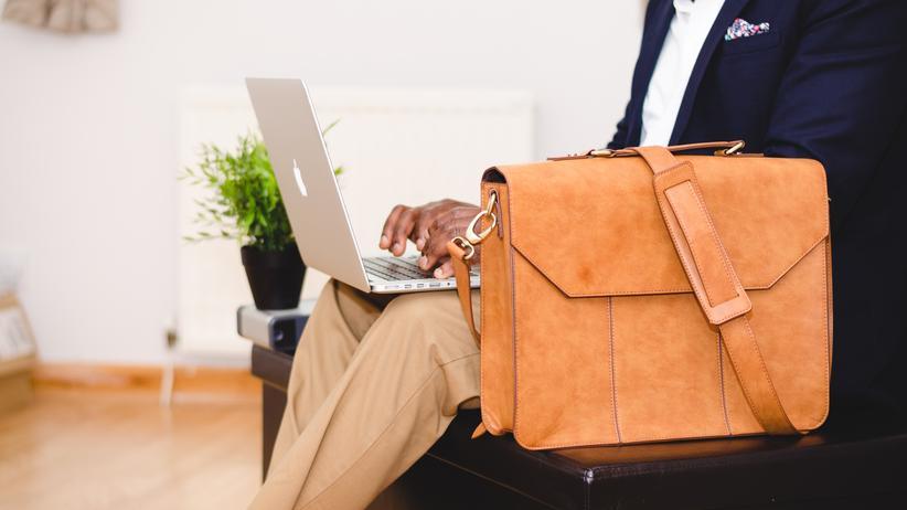 Arbeitsrechtskolumne: Wer zahlt die Reisekosten zum Vorstellungsgespräch? Besser ist es, das im Vorfeld zu klären.