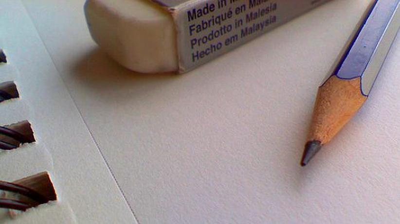 Bleistift und Papierblock