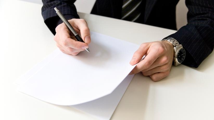Empfehlungsschreiben: Die Karriereleiter hinaufgelobt