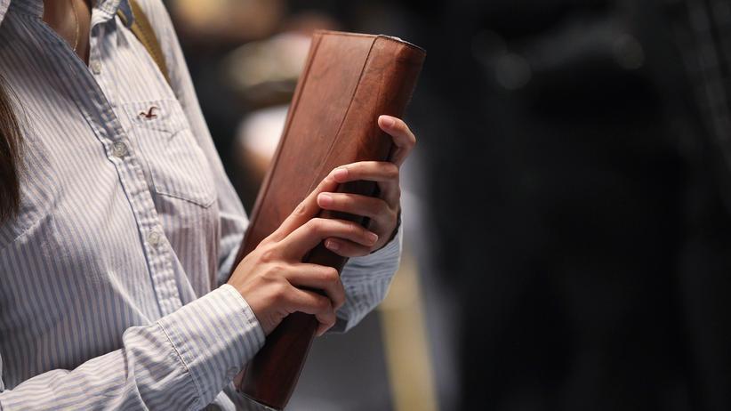 Arbeitsrechtskolumne: Absage nach einer Bewerbung: Wurde ich unzulässig benachteiligt?