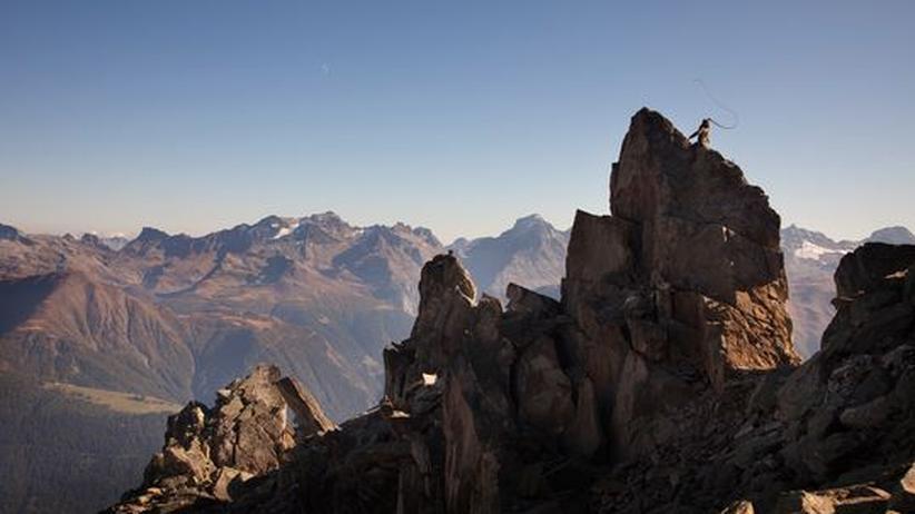 Experimentelle Kunst: Von Bismarck peitscht die Alpen aus