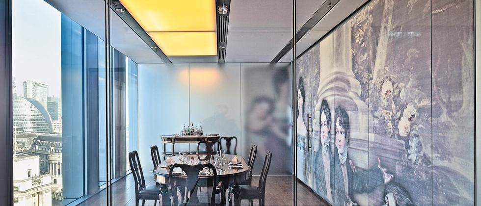 Ganz modern und ganz traditionell: Speiseraum im Neubau der Rothschild-Gruppe in London