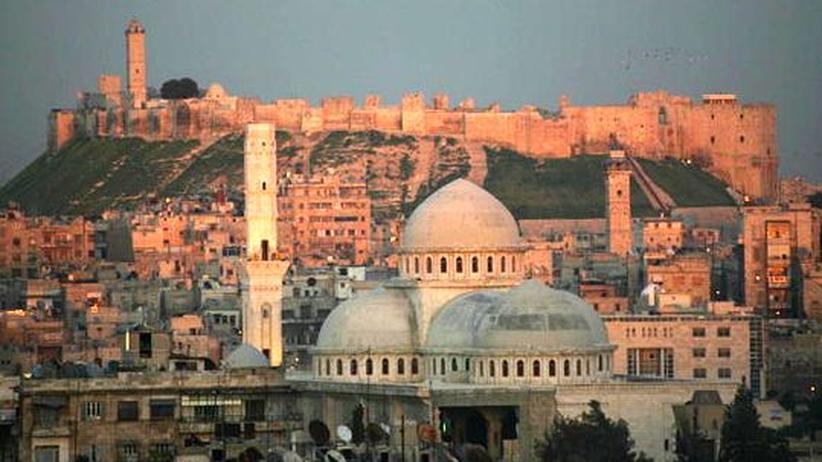 Aleppo: Straßensperren aus Kunstschätzen