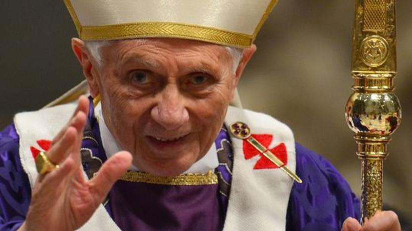 Papst-Rücktritt: Ratzinger hat das Papstamt verweltlicht