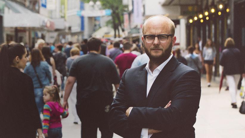 Journalismusprojekt Correct!V: David Schaven, 43, ist Geschäftsführer von Correct!V.
