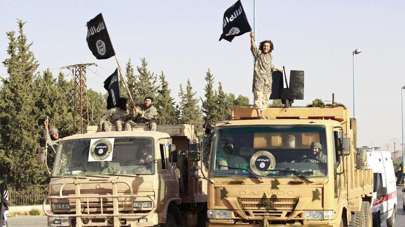 """Frauen im Dschihad: Kämpfer des """"Islamischen Staats"""" in Syrien"""