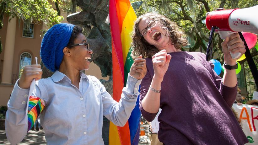 Debatte: Feministischer Protest vor der Universität in Charleston, USA