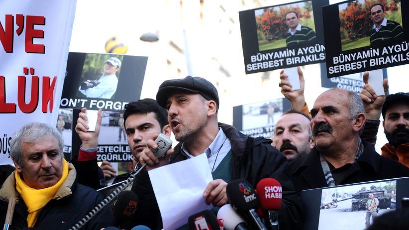 Ahmet Şık: Journalist Ahmet Sik im Januar 2014.