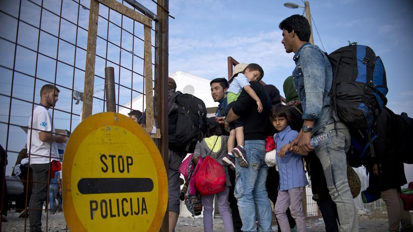 Flüchtlinge an der serbisch-mazedonischen Grenze