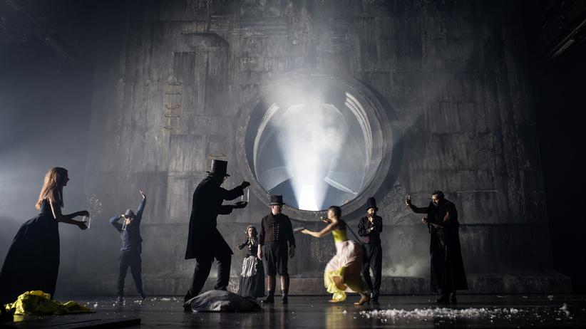 """""""Pfisters Mühle"""" in der Regie von Armin Petras am Stuttgarter Staatstheater"""