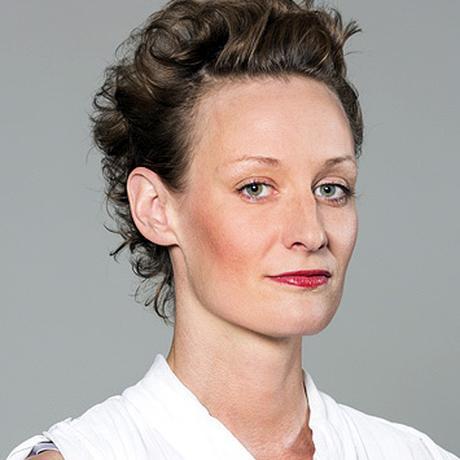 """Tic-Störungen: Jasna Fritzi Bauer im Film """"Ein Tick anders"""", in dem sie eine 16-jährige Tourettepatientin spielt"""