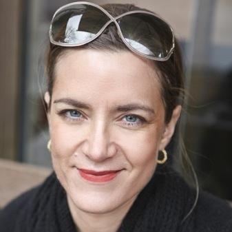 """Ruth Kinet arbeitet als freie Autorin in Berlin für öffentlich-rechtliche Hörfunksender und Zeitschriften. Bis November 2012 hat sie fünf Jahre als freie Korrespondentin von Tel Aviv aus über Israel und die palästinensischen Gebiete berichtet. Sie ist Gastautorin von """"10 nach 8""""."""