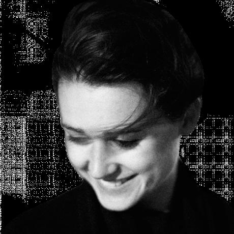 """Frauen in Europa: Annabelle Hirsch, geboren 1986, ist Deutsch-Französin und lebt als freie Autorin in Paris. Sie ist Gastautorin von """"10 nach 8""""."""