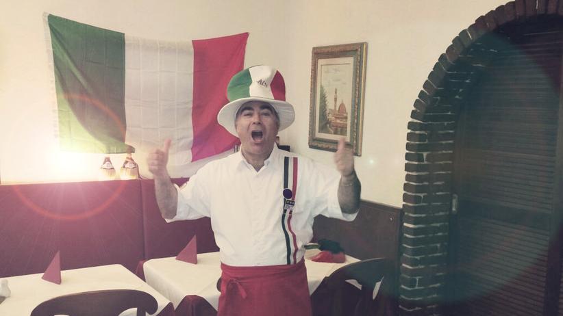 Deutschland – Italien: Immer wieder Fußball: Seit 2012 jubelt mein Vater in der Trattoria verhaltener. Aber nur ein bisschen.