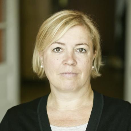 """Ostdeutschland: Anja Maier, Jahrgang 1965, ist """"taz""""-Journalistin, hat mehrere Bücher veröffentlich und ist Gastautorin von """"10 nach 8""""."""