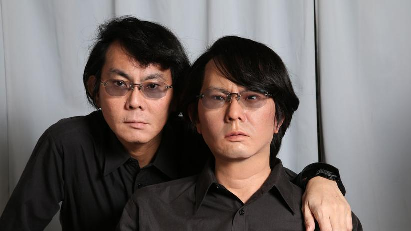 Hiroshi Ishiguro: Hiroshi Ishiguro hat sich selbst ein Denkmal gesetzt: der Schöpfer und sein Roboter-Zwilling