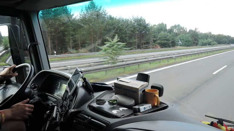 kuenstliche-intelligenz-arbeit-sinn-lkw-fahrer-selbstfahrende-autos-4