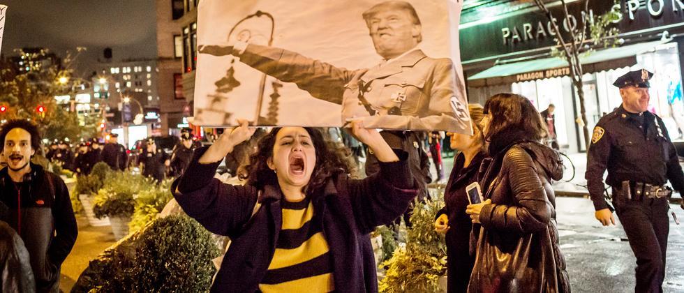 us-wahl-trump-clinton-slavoj-zizek-demonstration