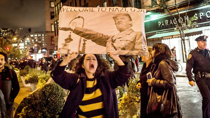 US-Wahl: Trump als faschistische Gefahr? Eine Demonstrantin in New York am 9. November 2016