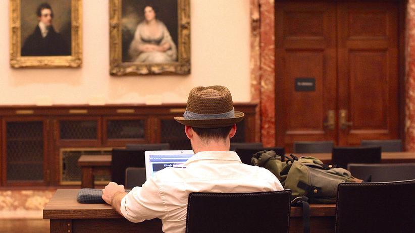 redefreiheit-NYPL-computer-wifi