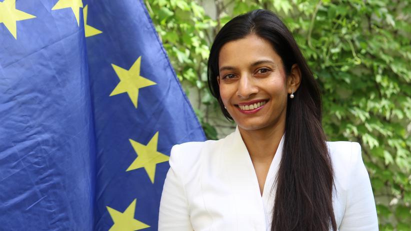 """Europäische Union: """"Ein neues, dynamisches EU-Symbol muss her"""", meint Priya Basil."""