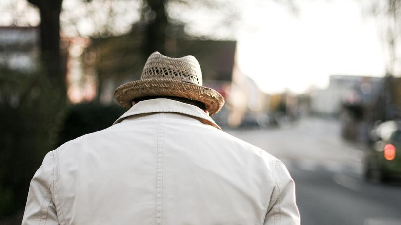 Vater-Sohn-Beziehung: Dass Männer allein durchs Leben gehen, ist nur ein Gerücht.