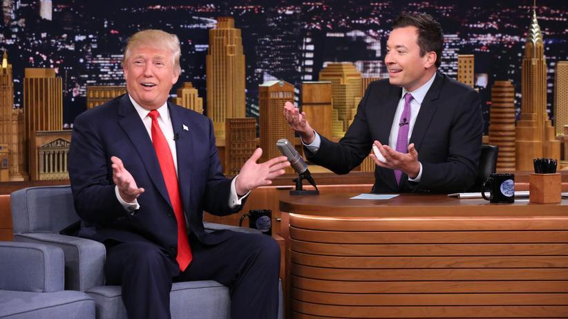 """Donald Trump, damals noch Präsidentschaftskandidat, zu Gast bei Jimmy Fallons """"Tonight Show"""""""