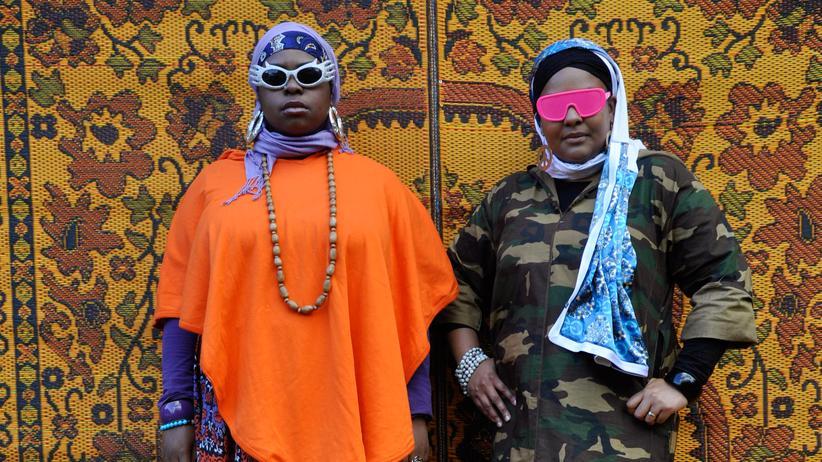 Vorurteile: Menschen widerlegen Vorurteile: zum Beispiel die rappenden Muslimas von Poetic Pilgrimage
