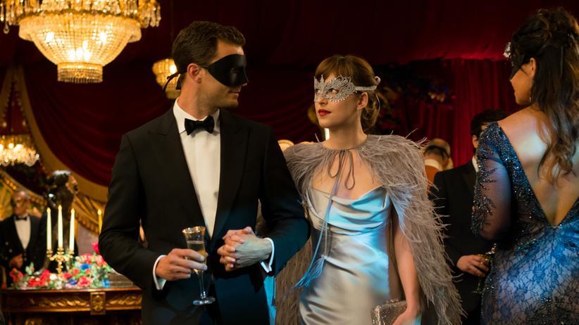 """""""Fifty Shades of Grey"""": Szene aus dem Film """"Fifty Shades of Grey – Gefährliche Liebe"""", der in diesem Jahr ins Kino kam"""