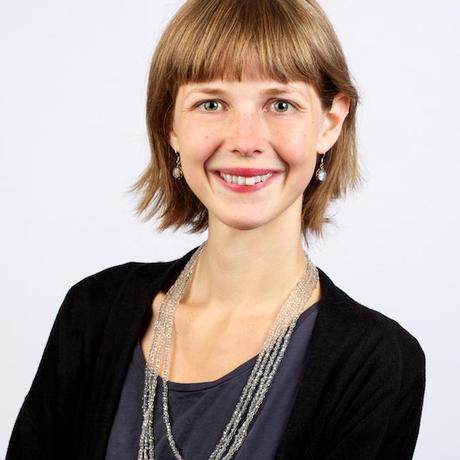 """Bio-Lebensmittel: Stella Hombach hat Kulturwissenschaften studiert und arbeitet als Redakteurin für das Online-Magazin """"Ihre Gesundheitsprofis"""" in Berlin. Nebenbei schreibt sie auch für Medien wie """"Spiegel Online"""" oder den Österreichischen """"Standard"""". Sie ist Gastautorin von """"10 nach 8""""."""