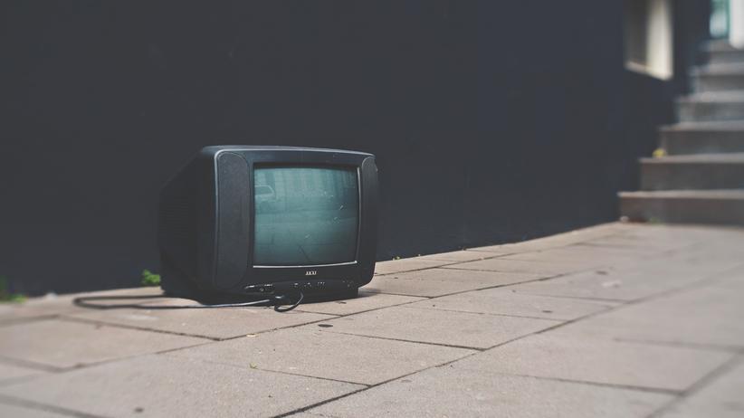 Öffentlicher Rundfunk in der Schweiz: Es gibt das Internet. Braucht noch jemand das Fernsehen?