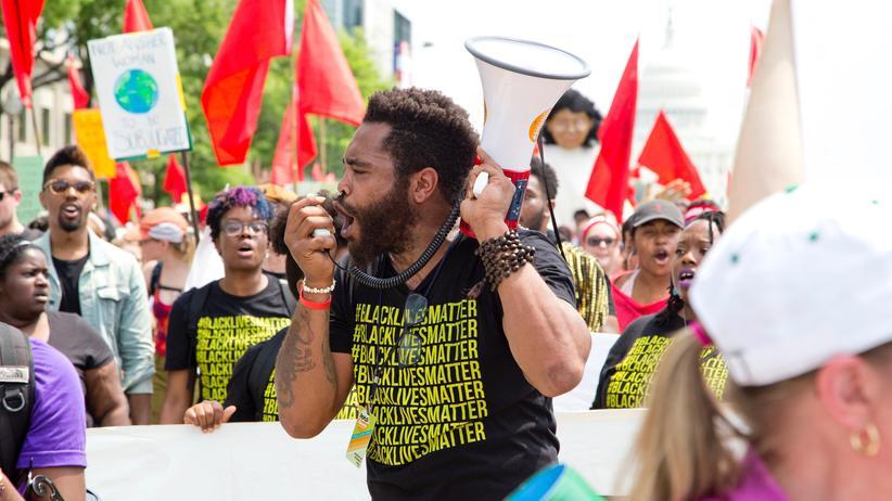 Demonstration: Wichtig ist auf'm Platz