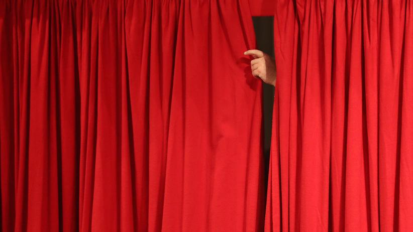 Die Linken: Vorhang zu und alle Fragen offen: Was passiert mit der SPD und ihren Schwesterparteien in Europa?