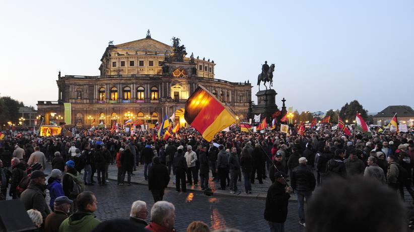 Konservativismus: Unterstützer der Pegida-Bewegung in Dresden