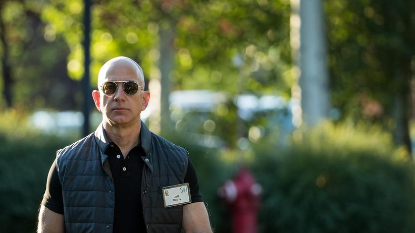 """""""The Washington Post"""": Am 5. August 2013 erwarb Jeff Bezos die """"Washington Post"""" für 250 Millionen US-Dollar."""