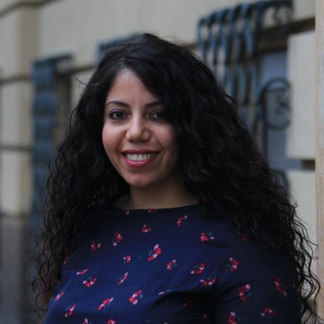 """Migration: Asmaa Yousuf, geboren 1980 in Alexandria, Ägypten, lebt seit 2015 in Berlin. Sie studierte Politikwissenschaften und arbeitet als Journalistin u.a. bei Amal Berlin. Asmaa Yousuf ist Gastautorin von """"10 nach 8""""."""