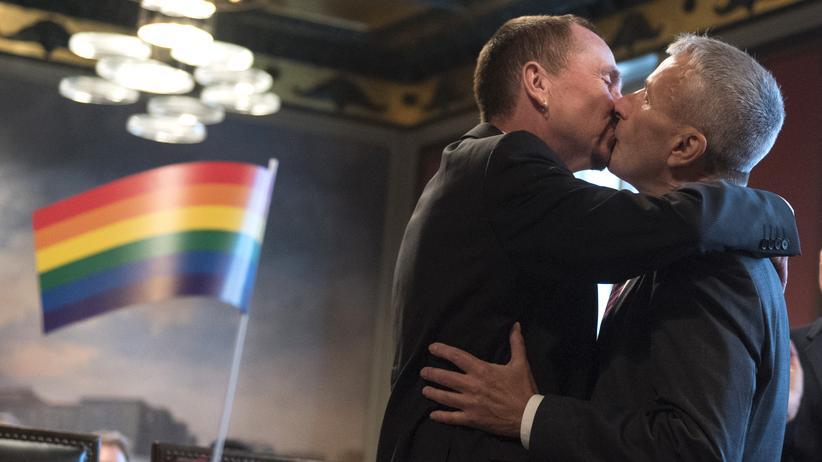 Ehe für alle: Kramp-Karrenbauers Albtraum