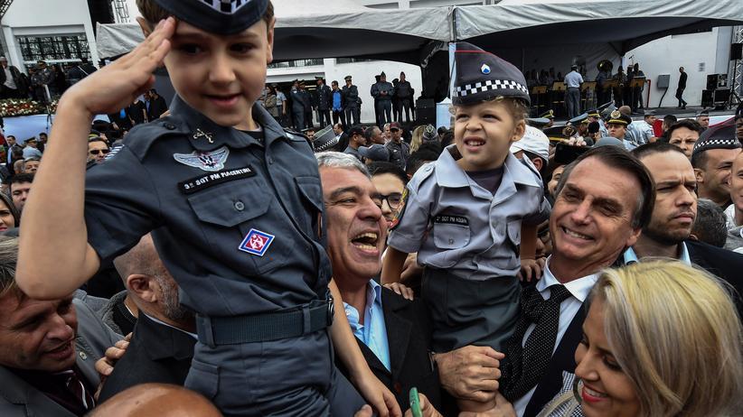 Jair Bolsonaro: Apocalypse Brasil