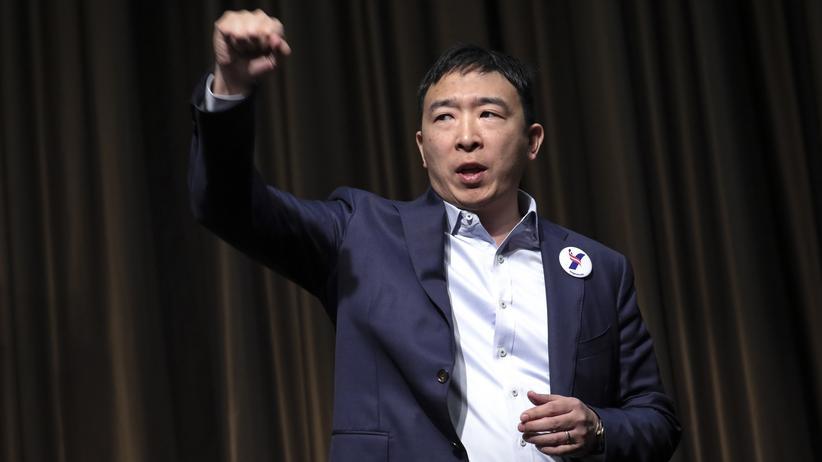Andrew Yang: YangGang-Style