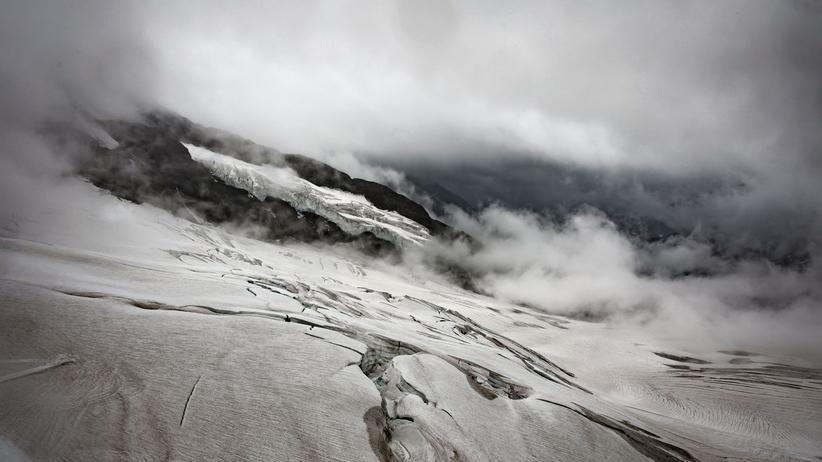 Klimawandel: Ein Gletscher wie der Aletschgletscher in den Schweizer Alpen wird größer oder kleiner. Oder er bleibt gleich groß. Das lässt sich messen. Nur die Gründe für Veränderungen festzustellen und die Konsequenzen daraus zu bestimmen, das ist kompliziert.