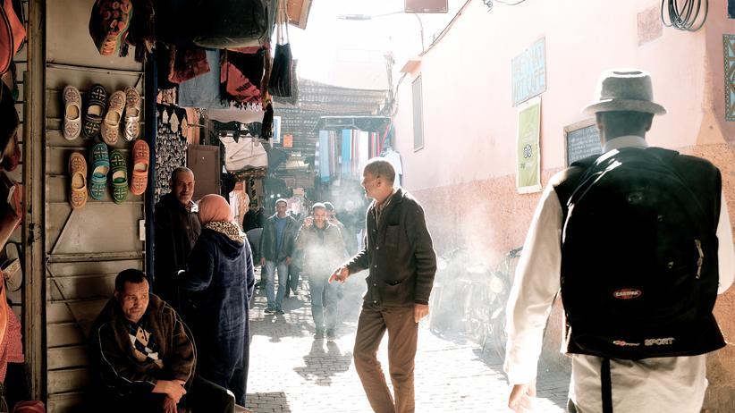 Marokko: Schön hier?! Touristen schätzen an Marrakesch das Ursprüngliche. Man könnte auch sagen: die Armut.
