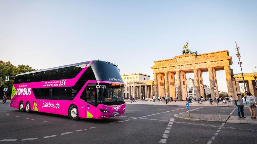 Pinkbus: Mehr Post-Kolorialismus