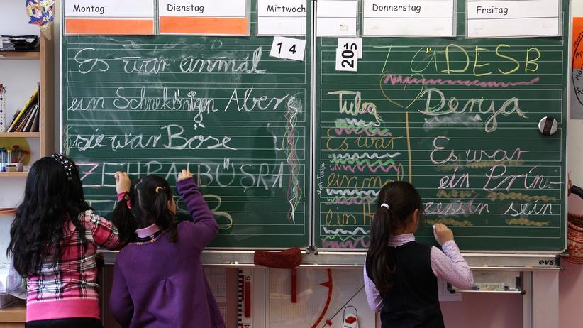 Deutschkenntnisse bei Einschulung: Kinder ohne Deutschkenntnisse gehören auf Regelschulen