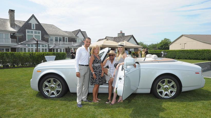 Mark R. Plädiert für die Einführung eines Maximallohns für CEOs: Sommerszene aus den Hamptons, dem Ausflugsparadies der New Yorker Betuchten