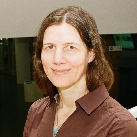 """Sabine Frerichs ist Professorin für Wirtschaftssoziologie an der Wirtschaftsuniversität Wien. Ihre Arbeitsschwerpunkte liegen im Schnittfeld von Recht, Wirtschaft und Gesellschaft sowie im Bereich europäischer Integration und Transnationalisierung. Sie verfolgt die Entwicklung der Wirtschaftswissenschaft aus soziologischer Perspektive und beschäftigt sich dabei auch mit der Verhaltensökonomie. Sie ist Gastautorin für """"10nach8""""."""