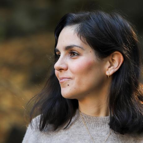 """Caroline Calloway: Julia Korbik (*1988) lebt als Autorin und freie Journalistin in Berlin. Sie schreibt über Politik, Popkultur, Feminismus und Alltag. 2018 wurde sie mit dem Luise-Büchner-Preis für Publizistik ausgezeichnet. Sie ist Gastautorin von """"10 nach 8""""."""