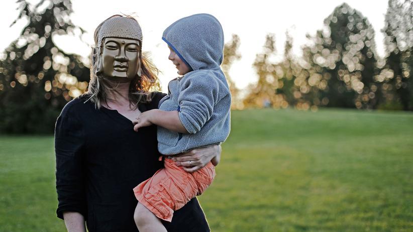 Mutterrolle: Wer permanent an andere denkt, läuft Gefahr, sich selbst zu verleugnen.