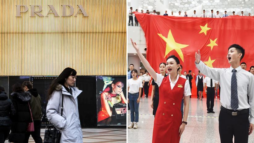 Chinesischer Nationalismus: Links: Treue + Pragmatismus = Wohlstand. Rechts: Ein Flashmob singt am Flughafen in Shenzhen zu Ehren der Partei.