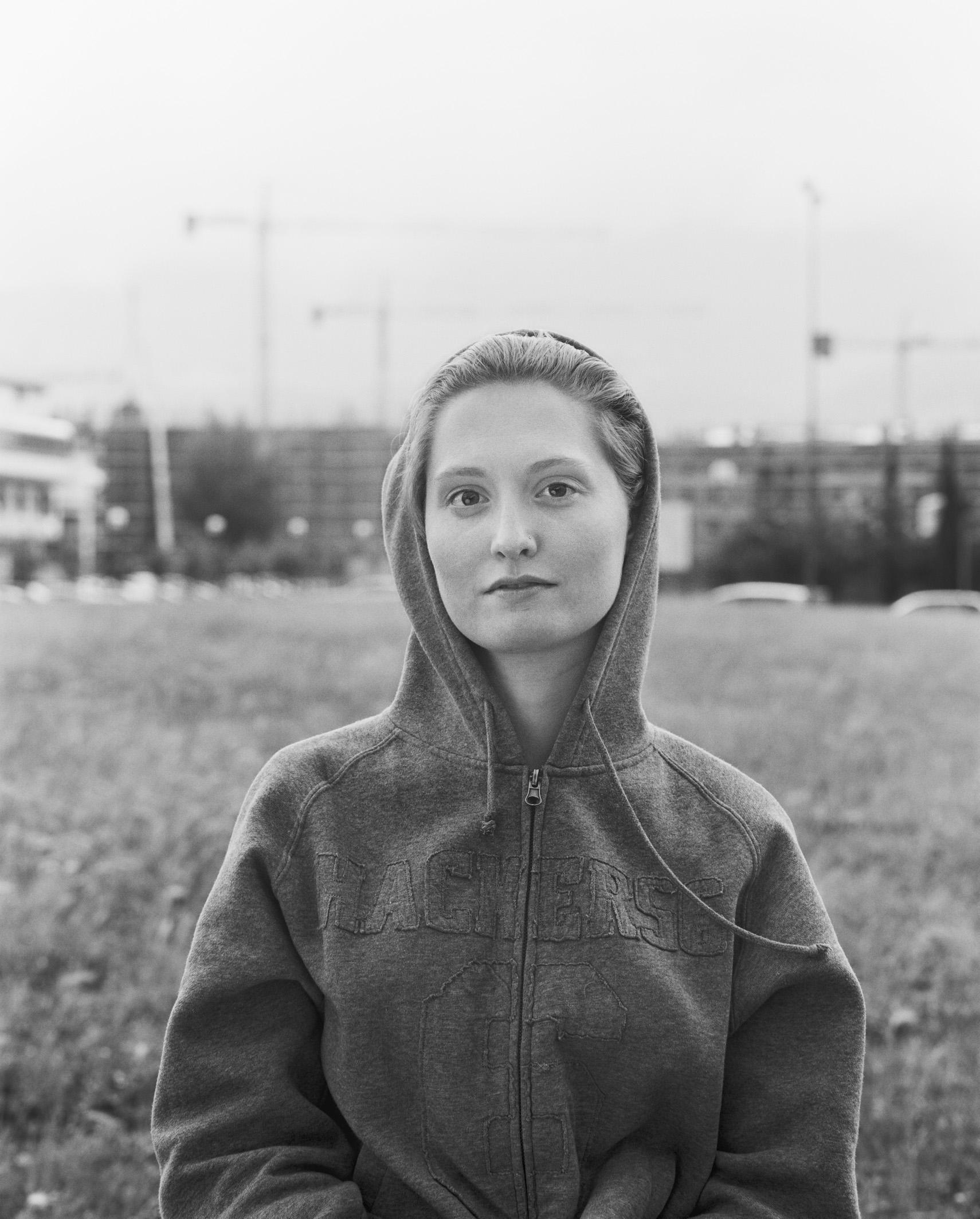 """Fotografie: """"Monalisen der Vorstädte"""", Giulia, 2009"""